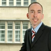 Prof. Dr. med. Dr. jur.  Thomas Ufer