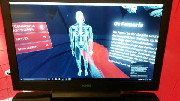 Exploring the human body via VR headset at the ECR 2017