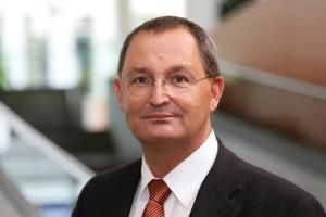 Gegen DRGs, gegen Bereicherung, für den Impfschutz und für die Ärzte: Standespolitiker Günther Jonitz.