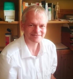 Hausarzt Stefan Thiel merkte, wie sehr er sich durch die Teilnahme an einer Studie beeinflusst fühlte.
