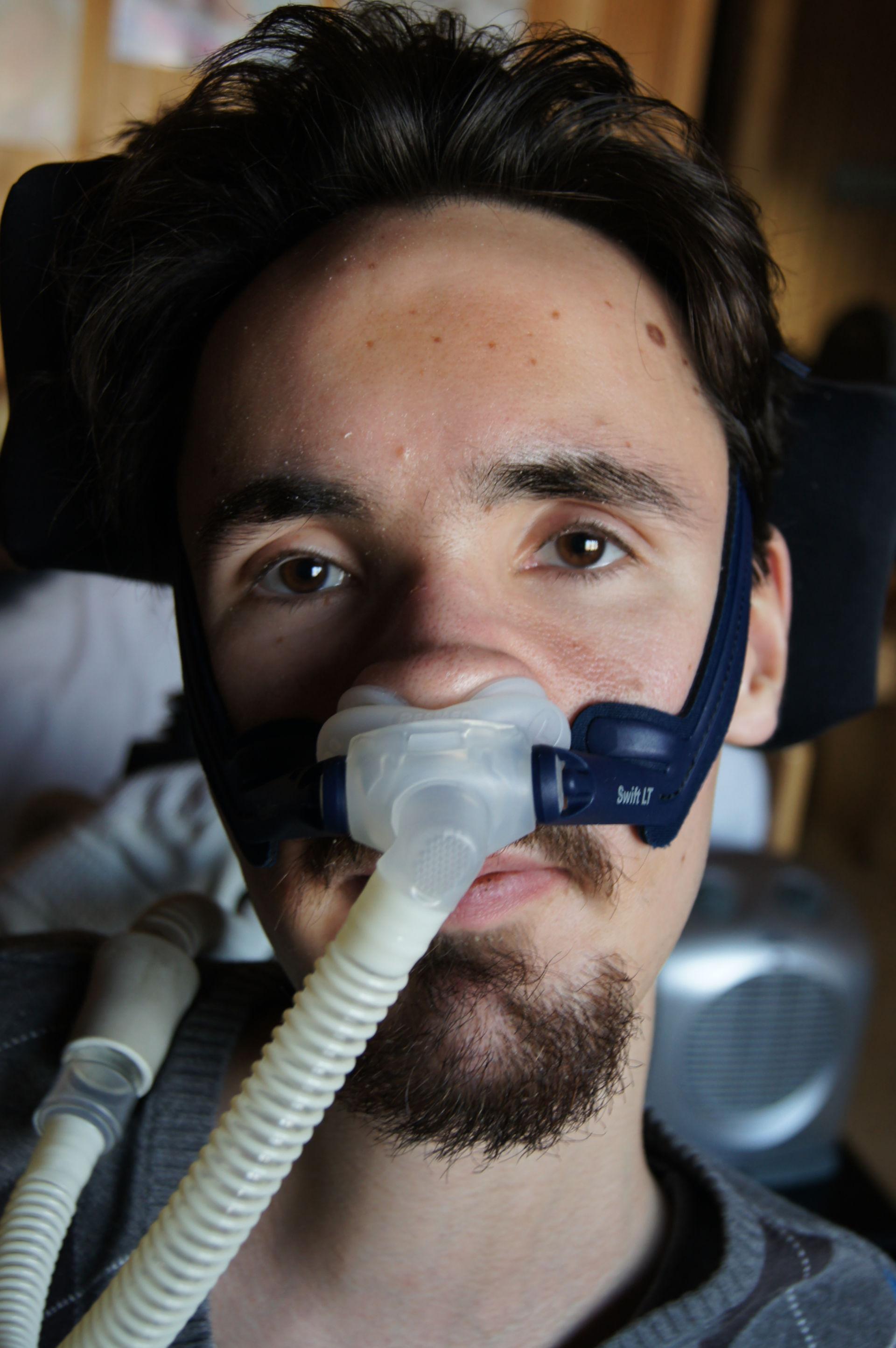 Maschera respiratoria nasale