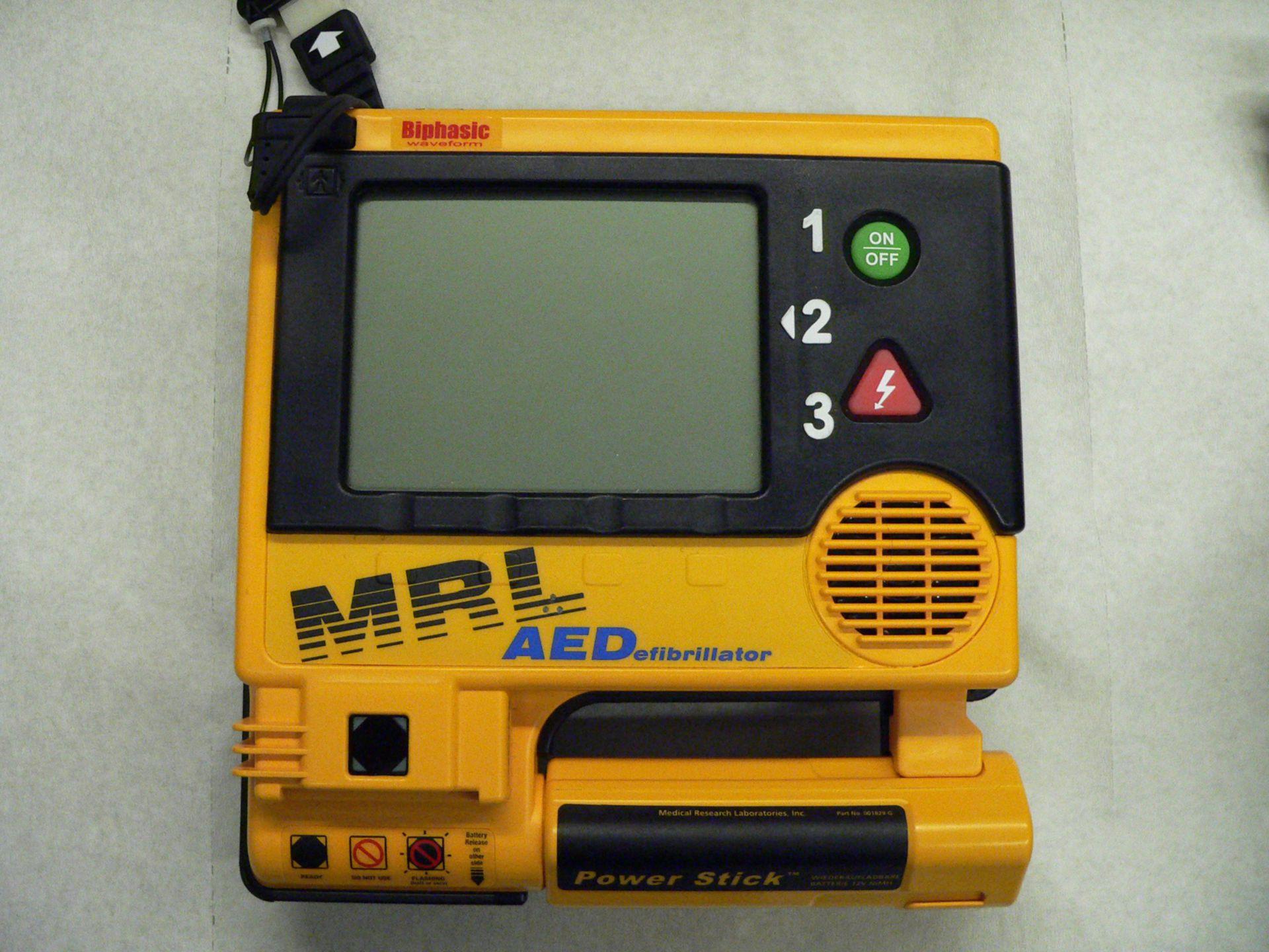 Automatisierter Externer Defibrillator (AED)