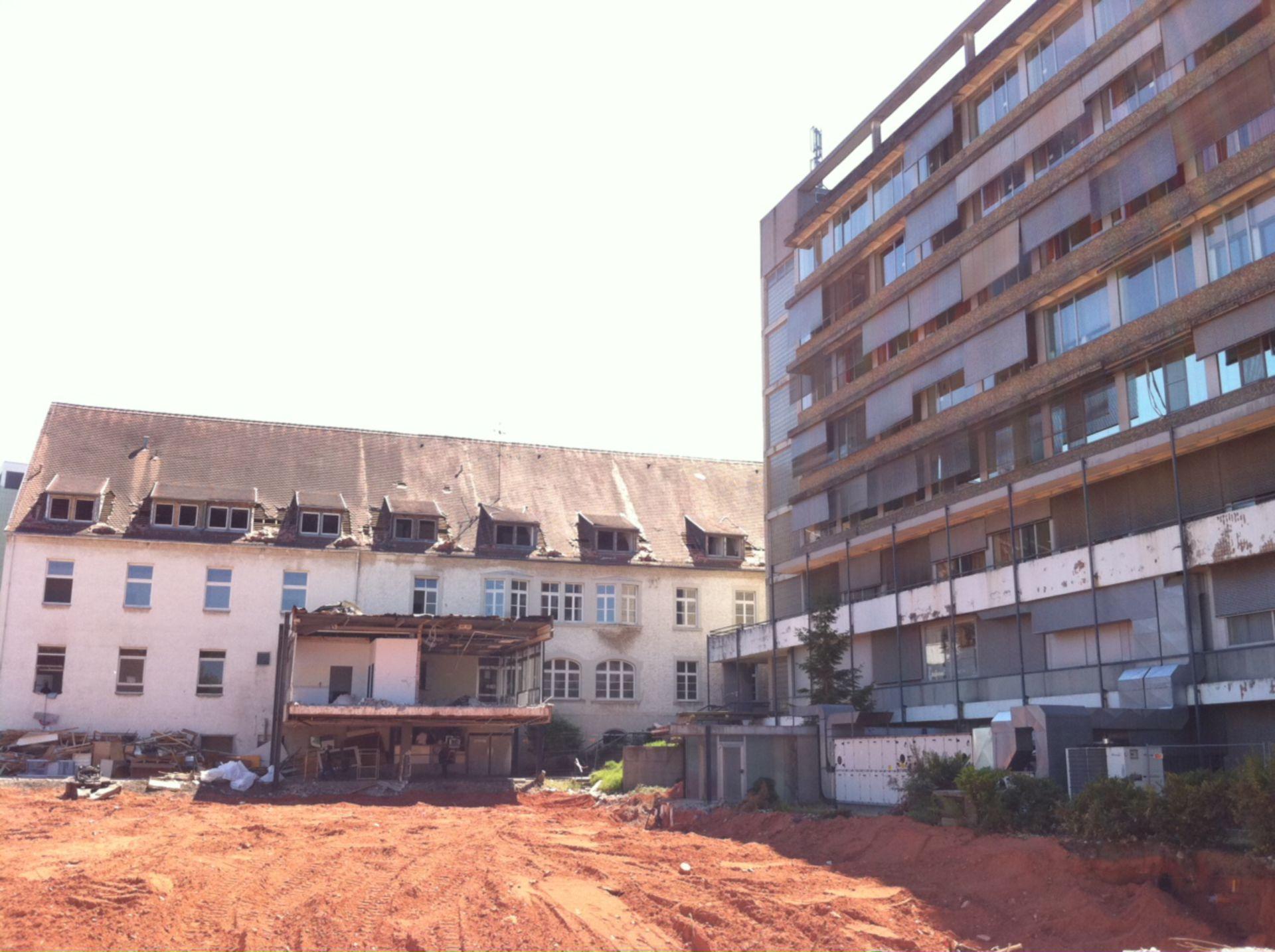 Gebäudekomplex Innere Medizin Uni Homburg