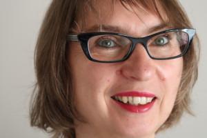 Petra Kolip erforschte die Gründe, warum und wo in Deutschland Kaiserschnitte vorgenommen werden.