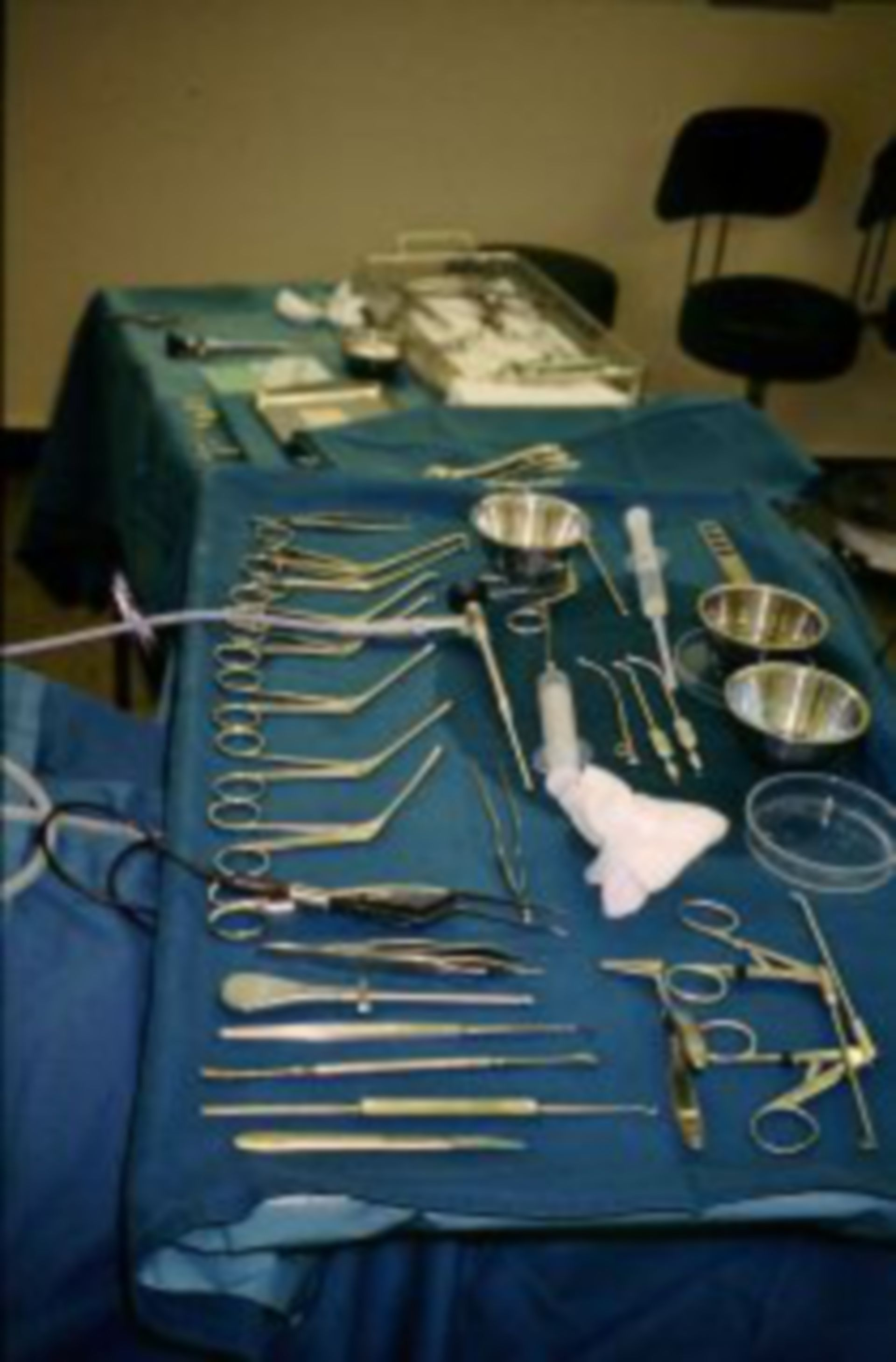 Specialized microsurgical instruments