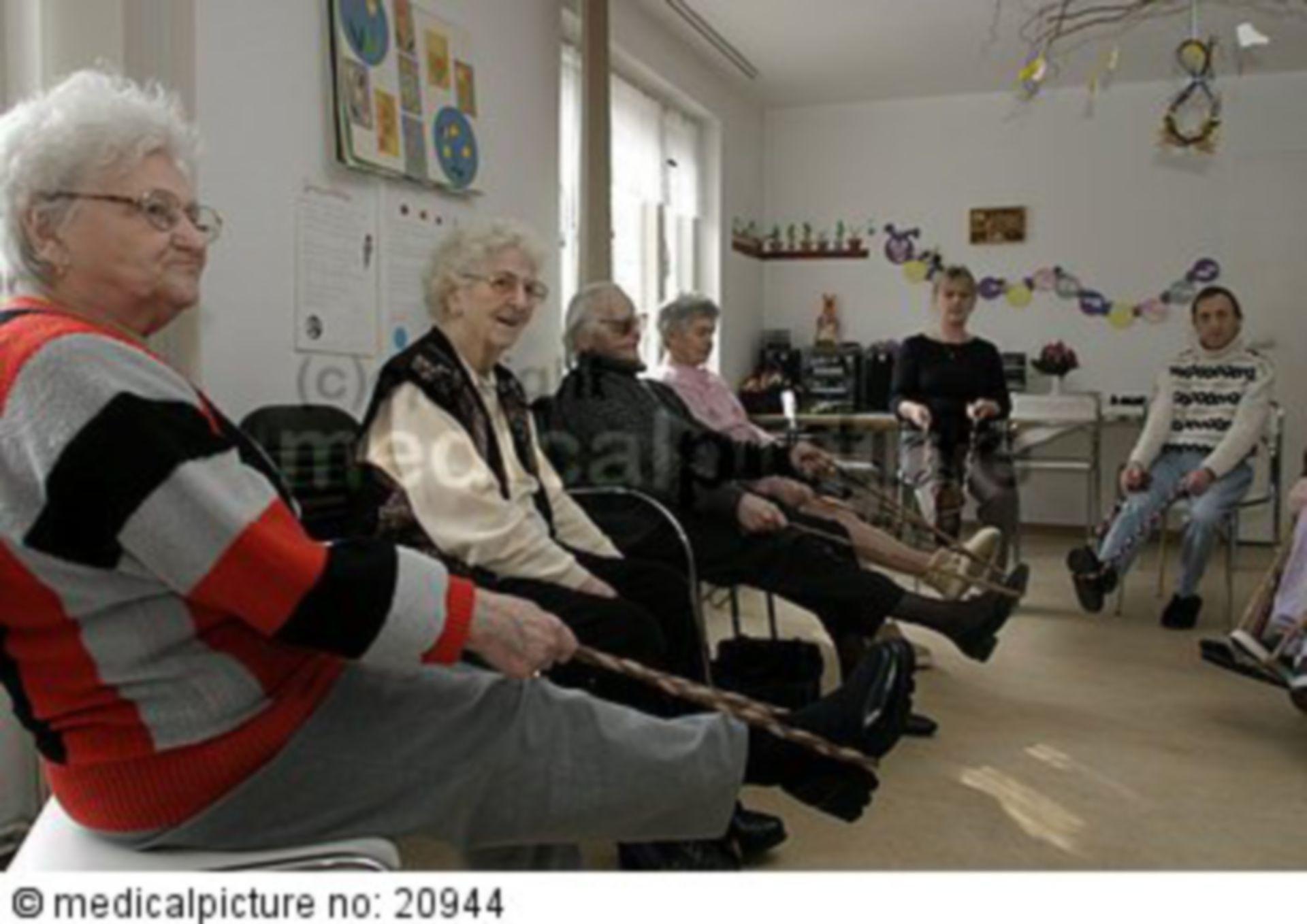 Altenpflege, elderly care
