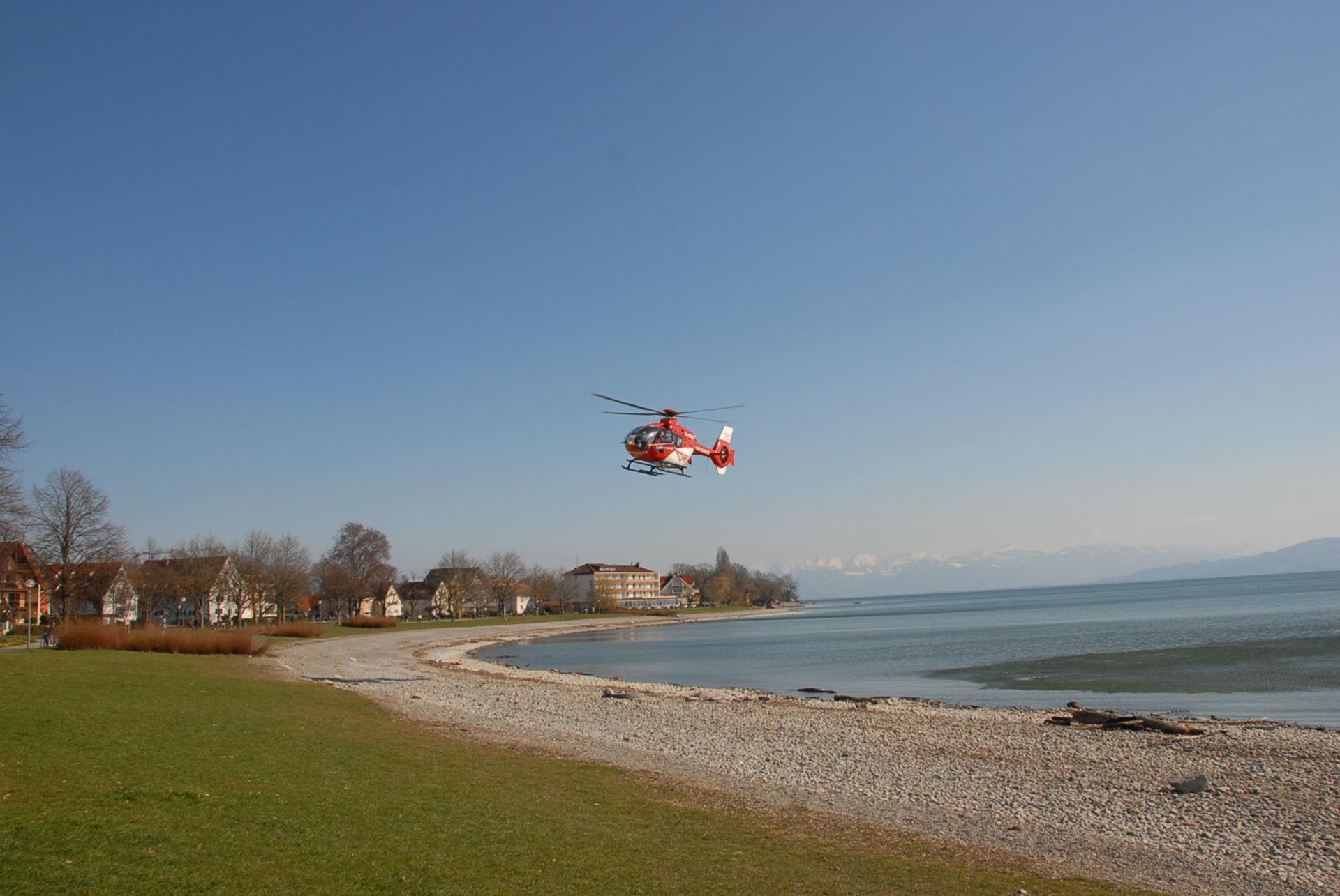 Elicottero di emergenza: volando sopra il lago di Costanza