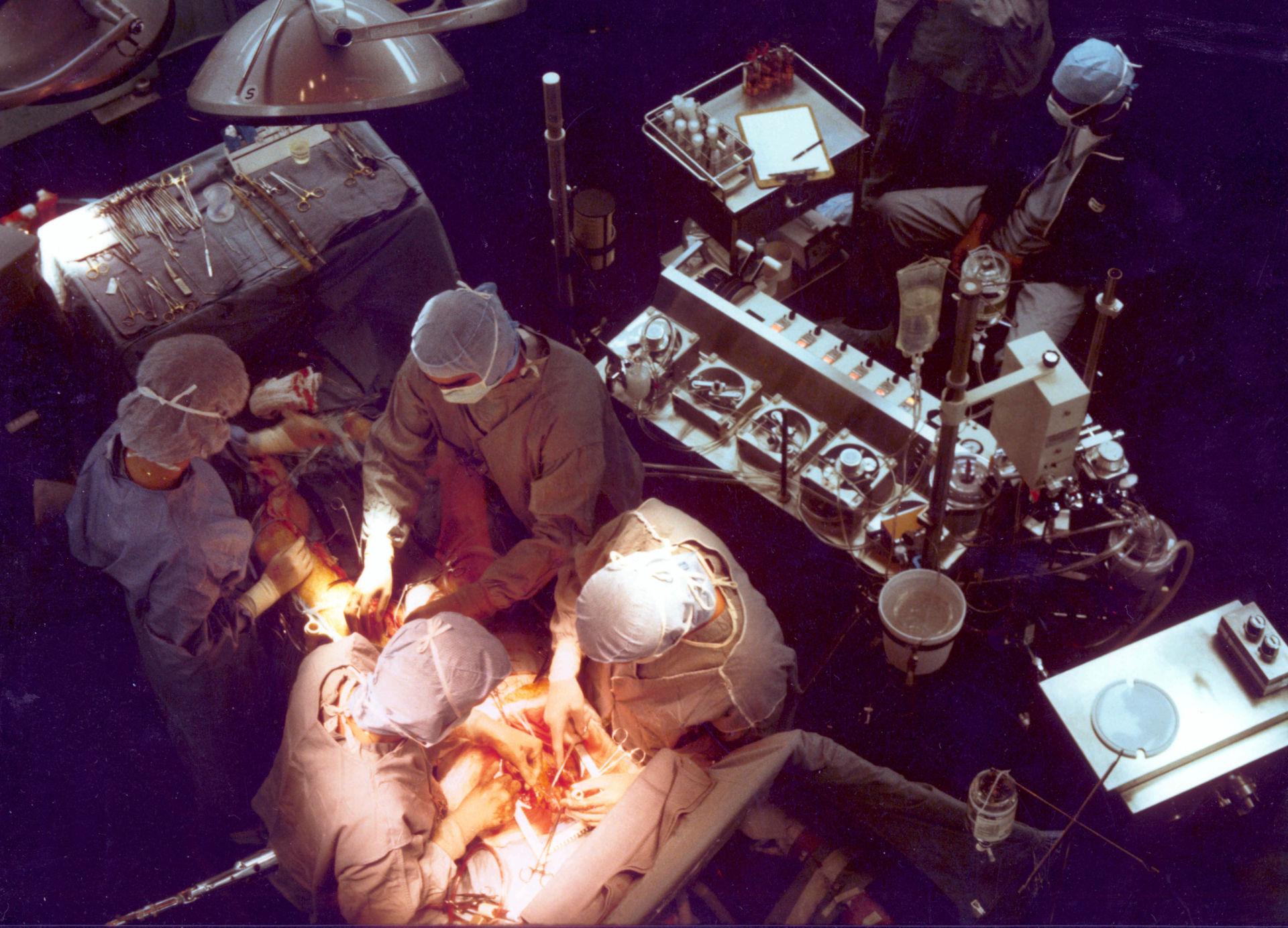 Operation mit Herz-Lungen-Maschine