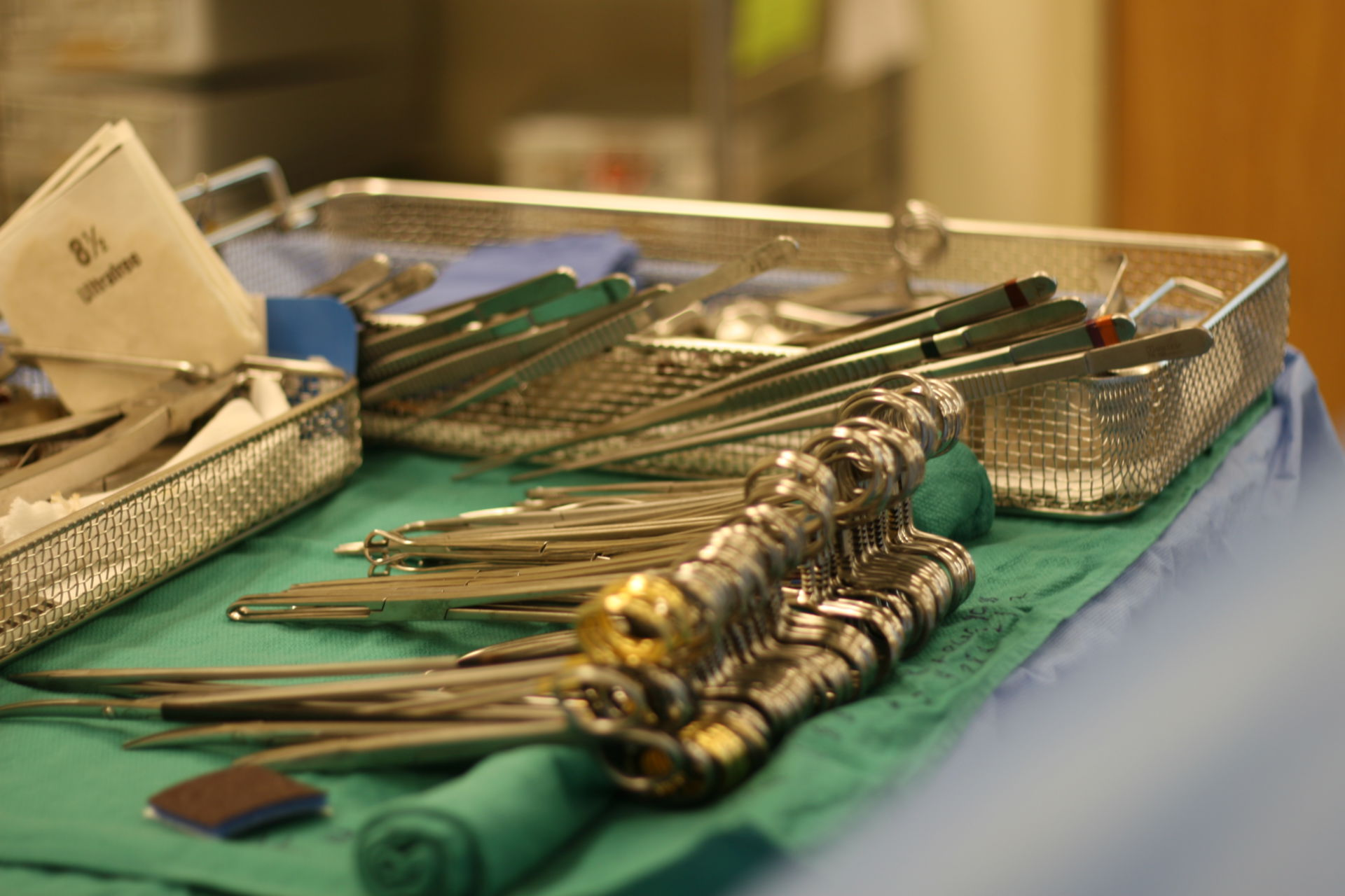 Instruments in the operating room