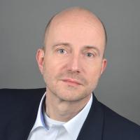 Dr. rer. medic. M.A. (Arzt & Gesundheitswissenschaftler) Martin Peveling