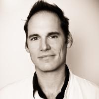 Dr. Stefan Waller