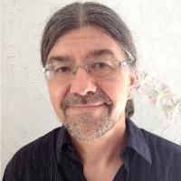 Dr. med. Peter Teuschel