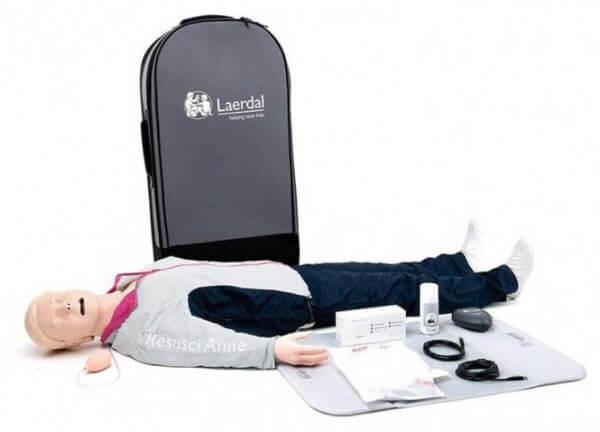 Resusci Anne First Aid Ganzkörper im TrolleyKoffer